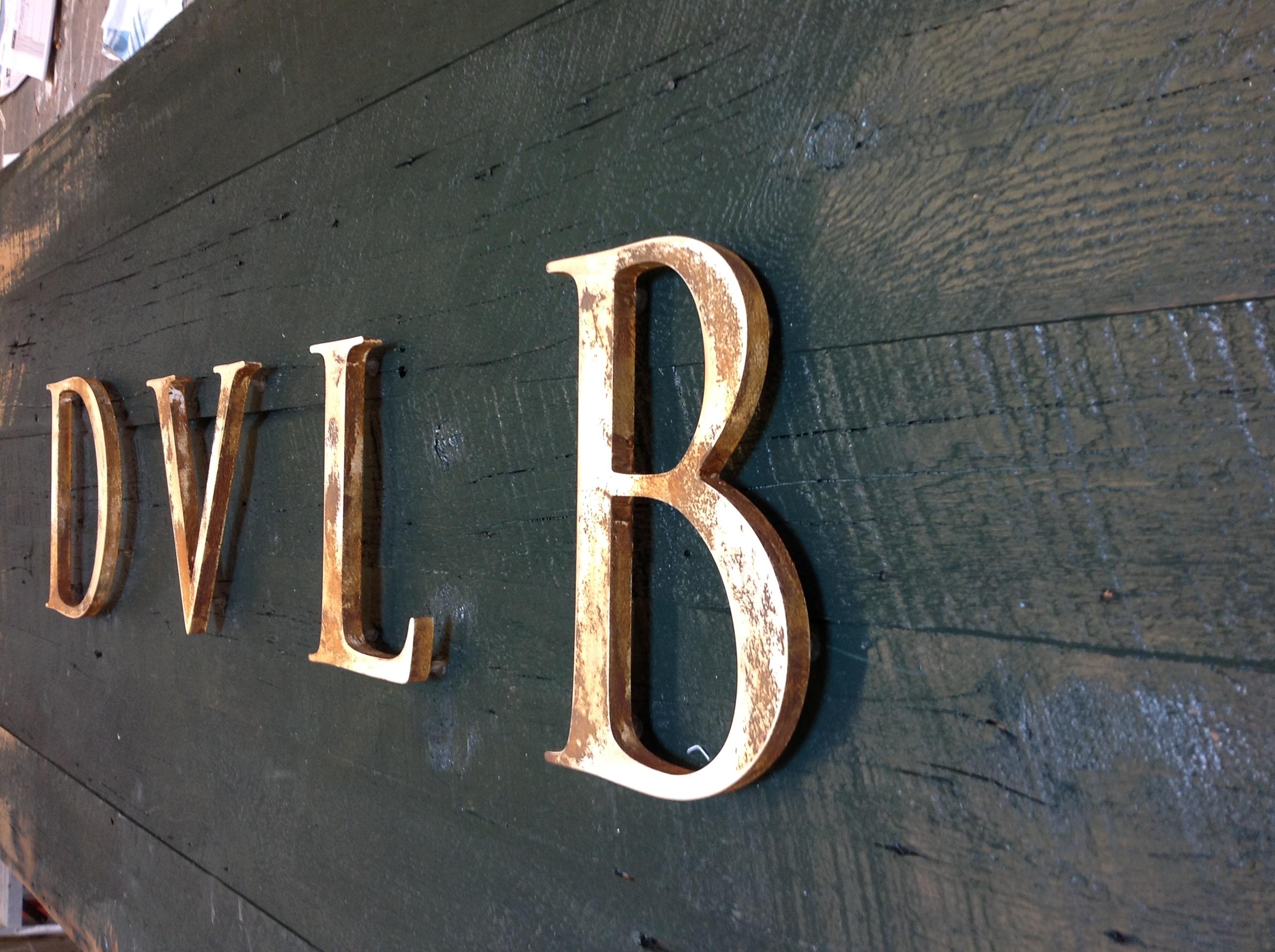 Custom Wood - Reclaimed Barn Board - The Sign Depot