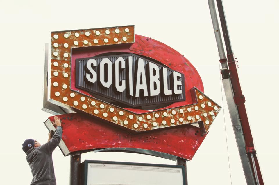 Socialable Sign